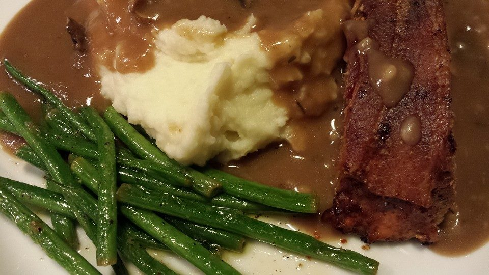 Meatloaf, Mashed Potatoes, Gravy and Haricots Vert (Photo Credit: Adroit Ideals)