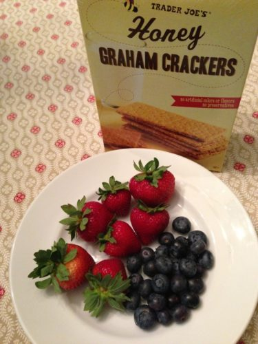 Berries and graham crackers