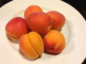 Gorgeous ripe apricots (Photo Credit: Adroit Ideals)