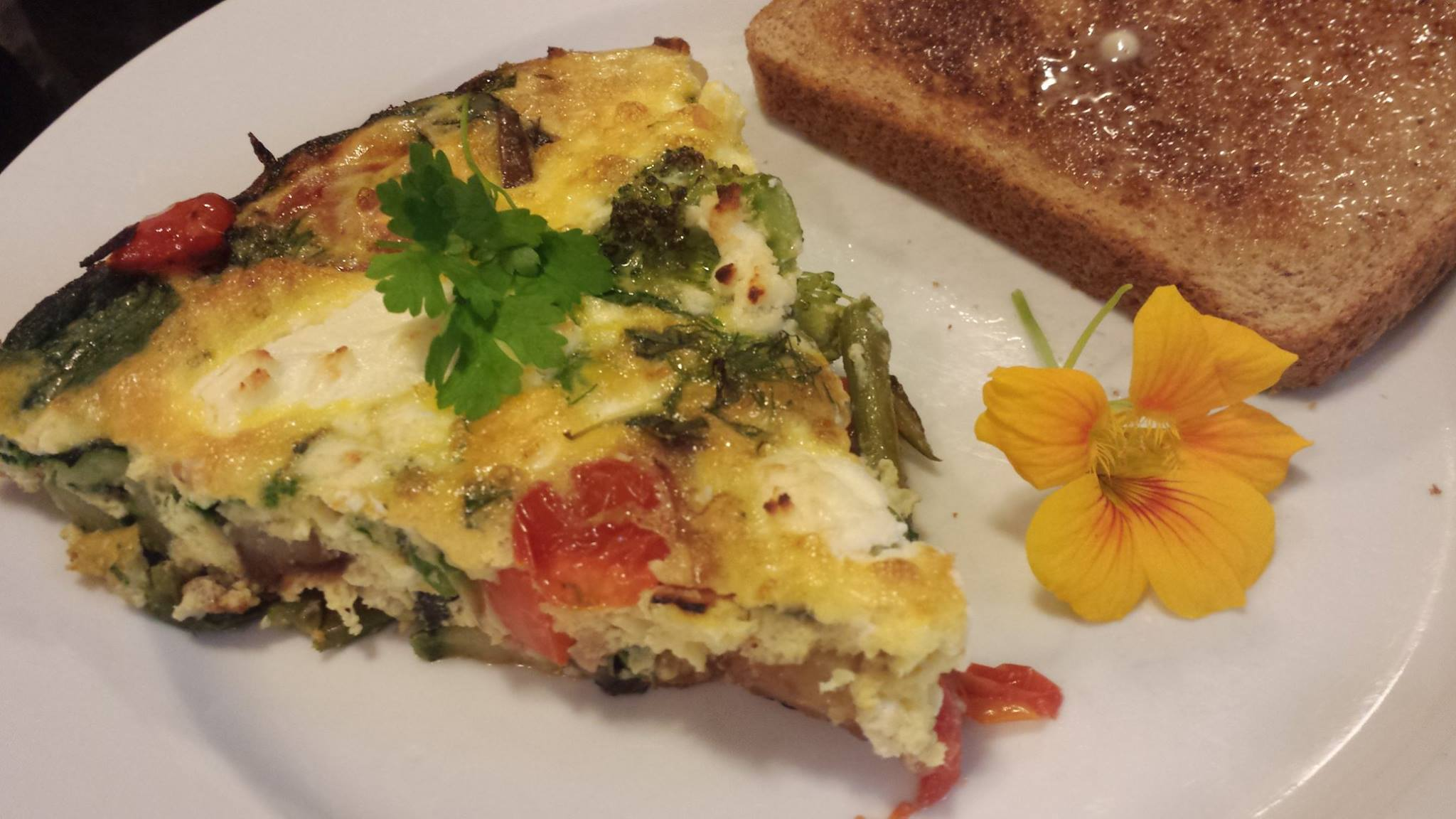 Easy Vegetable Frittata - A Food Lover's Delight