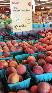 Organic Yellow Peaches from California (Photo Credit: Adroit Ideals)