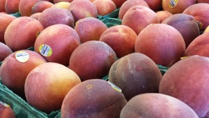 Organic Yellow Peaches (Photo Credit: Adroit Ideals)