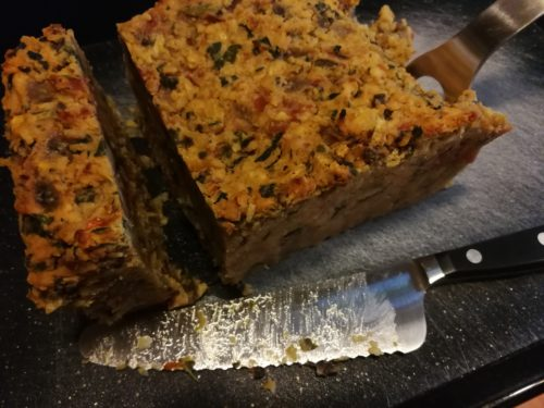 Cool the lentil loaf and cut into slices