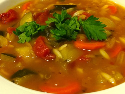 Minestrone Soup Ready to Serve
